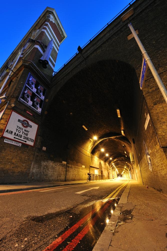 Tunnel Warp Bermondsey Weston Street Tunnel