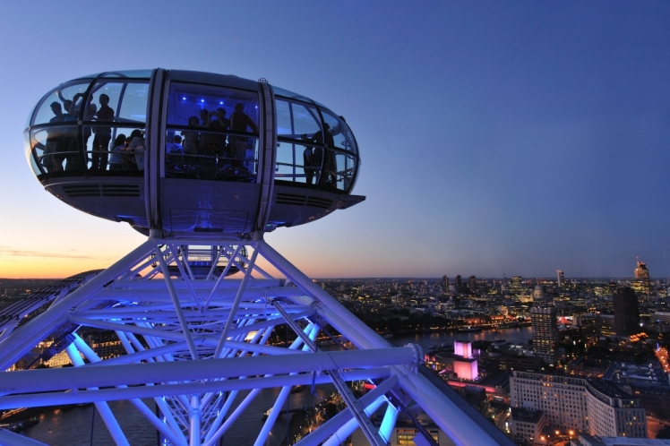 Twilight Metropolis London Eye